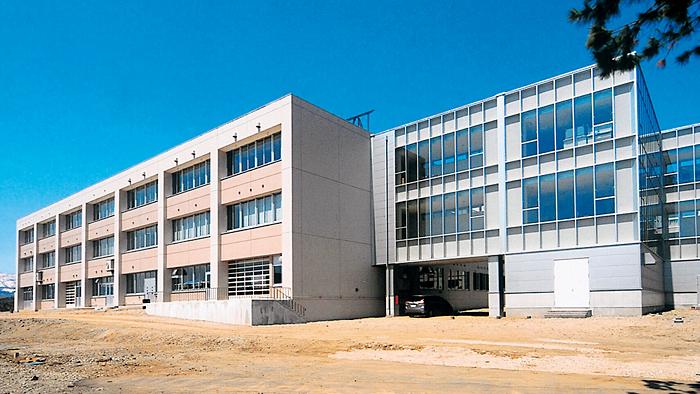 県立村山産業高校産振校舎
