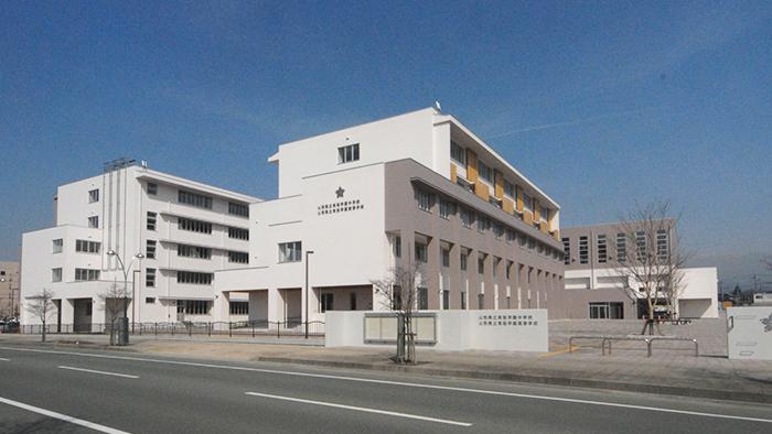 東桜学校中学・高校